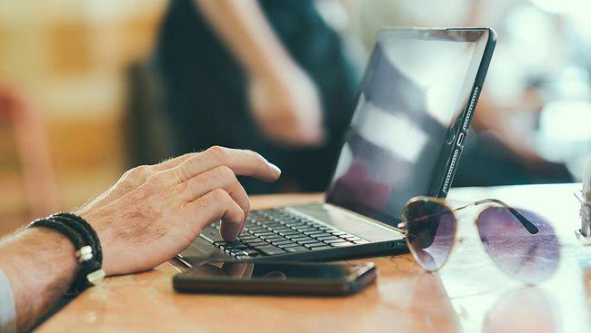 software dan komputer